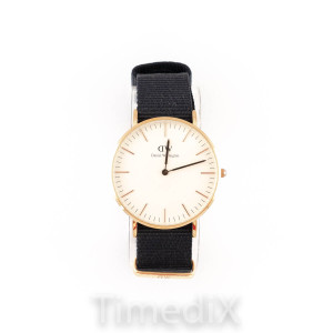 Daniel Wellington DW00100150 Watch for Men and Women
